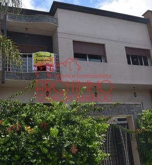 image de propriété - Villa 3 niveaux quartier JAWHARA à EL Jadida